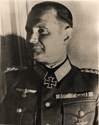 Ο Αρχηγός του 22ου Ορεινού σώματος Στρατού, Γερμανός στρατηγός Hubert Lanz