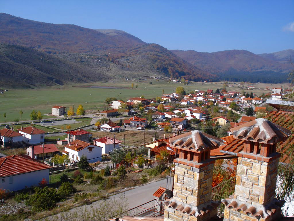 http://www.greece.com/photos/destinations/Macedonia/Imathia/Settlement/Xirolivado/