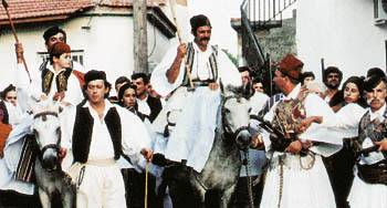 Σκηνή από το βλάχικο γάμο στην Παλαιομάνινα