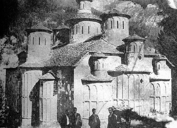 Το μοναστήρι της «Ύψωσης του Τίμιου Σταυρού» που αποτέλεσε τον τόπο φυλάκισης των Γερμανών αιχμαλώτων.